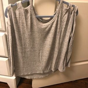 Acemi cold shoulder sweater